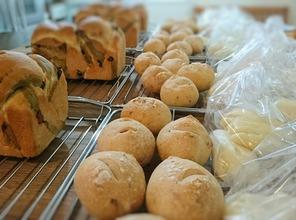 抹茶マーブルブレッドと蒸しパン他