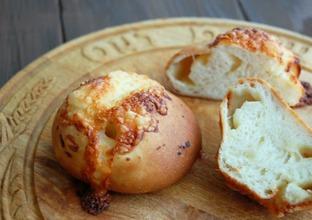 キタノカオリのチーズパン