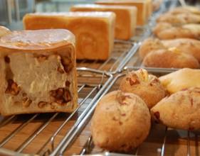 中種で作るクルミの角食パン