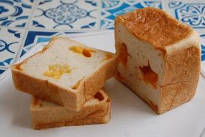 2種のチーズの角食パン