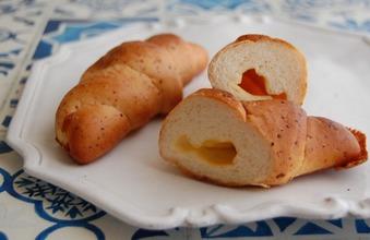 チーズの塩パン